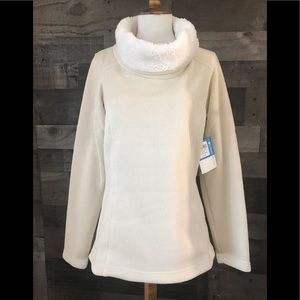 COLUMBIA CREAM SWEATER WITH CREAM FLEECE COWL NECK